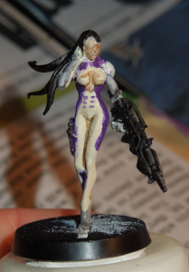 You will not stop me, o crappy second attempt at painting this gorgeous miniature.